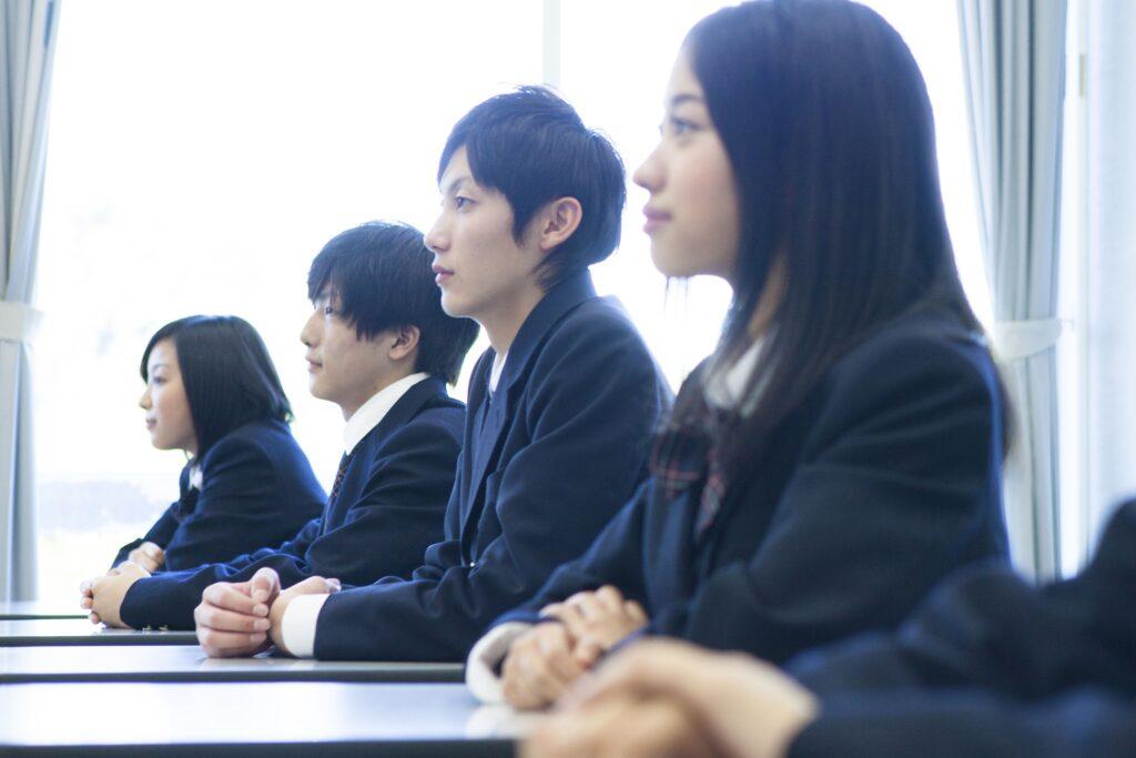 高校生の進路の決め方。キャリアビジョンをゴールにする方法の提案